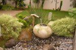 ide taman jepang batu dan tanaman