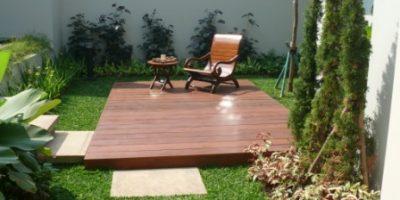 taman gaya minimalis di taman belakang rumah-backyard