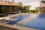 kolam renang club house villa kebagusan.